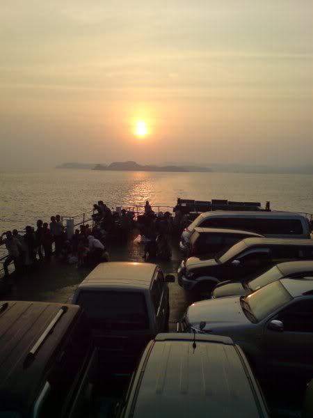 Sunset di Kapal